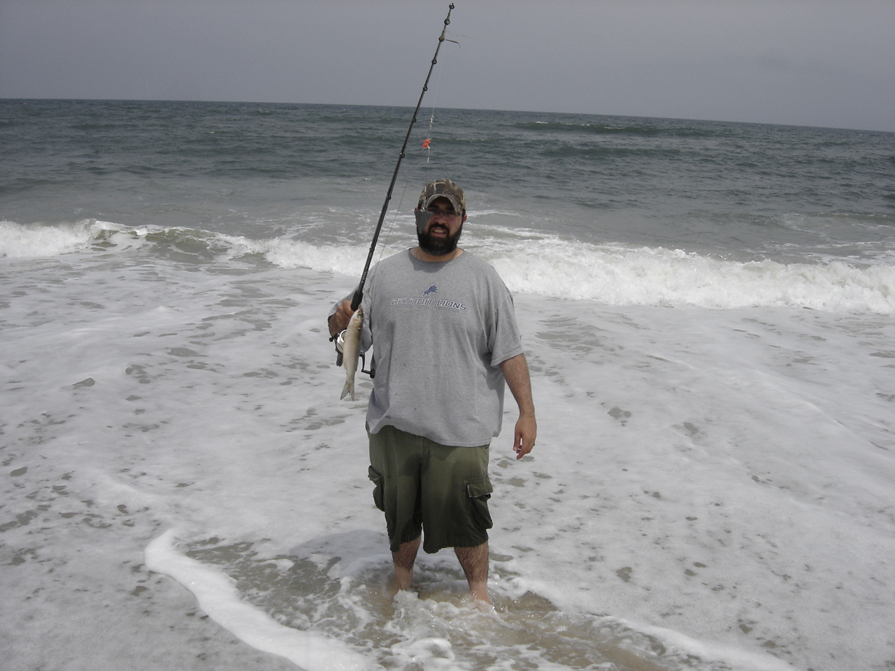 Shore fishing in obx hunt ducks hook fish for Nc surf fishing report