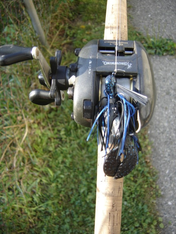 Black and Blue Jig Bass Fishing bait