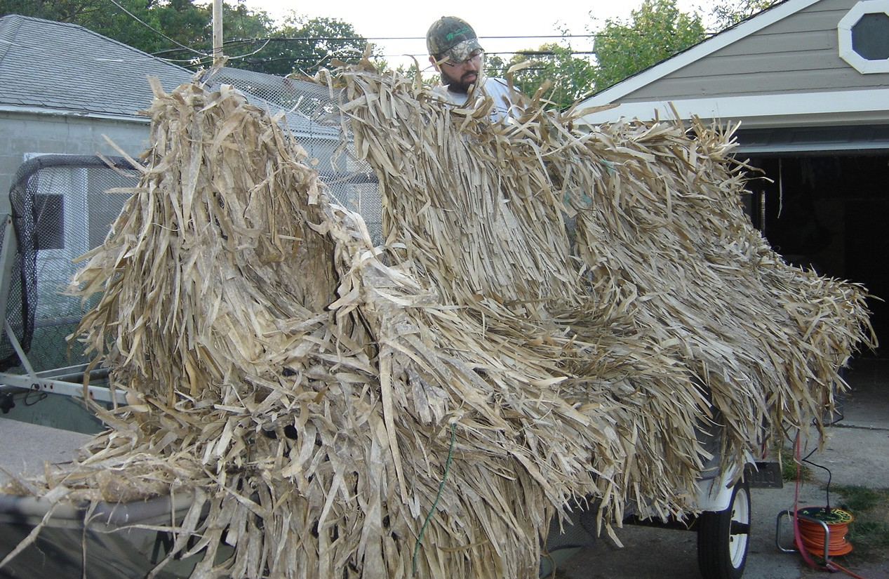 How To Grass Up Your Duck Boat Blind Hunt Ducks Hook Fish